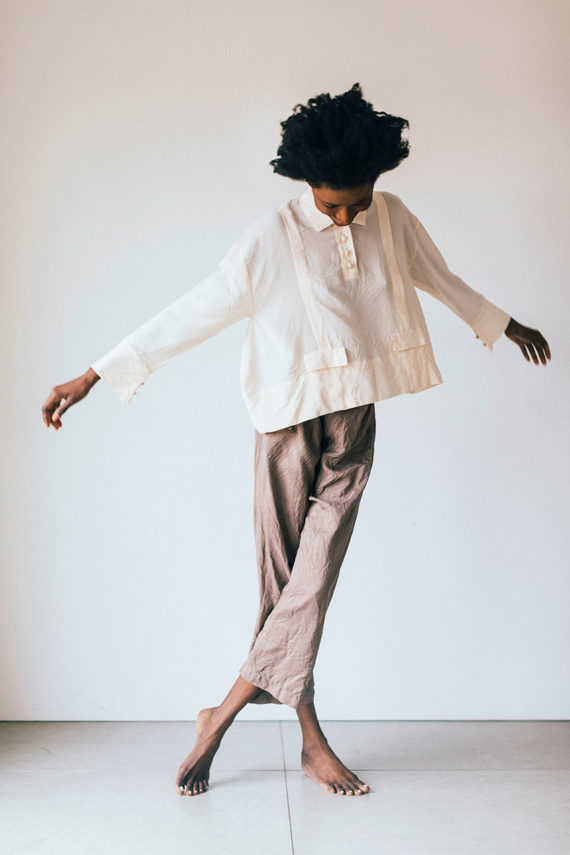 pic of model wearing sula silk drawstring Japan pants